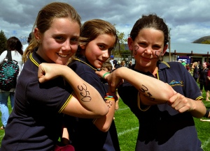 Wanaka Primary School pupils: 350 forever! (c) Simon Williams